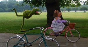 Kermit Piggie bike riding